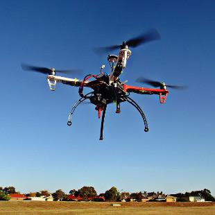 drone-784310_1920-310x310